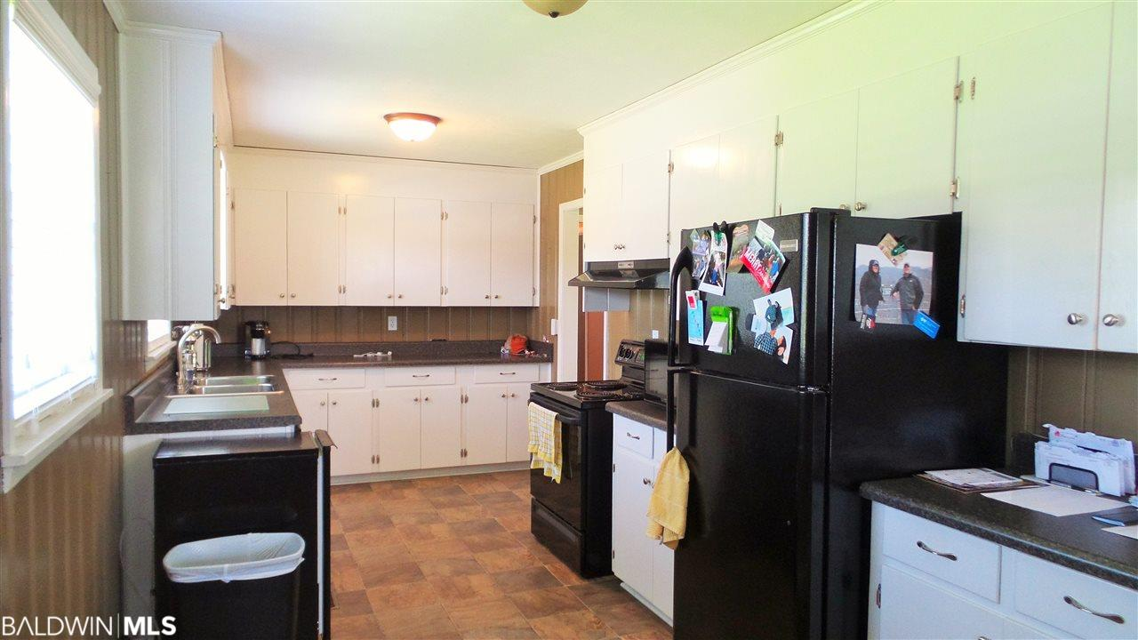 650 Nichols Avenue, Atmore, AL 36502