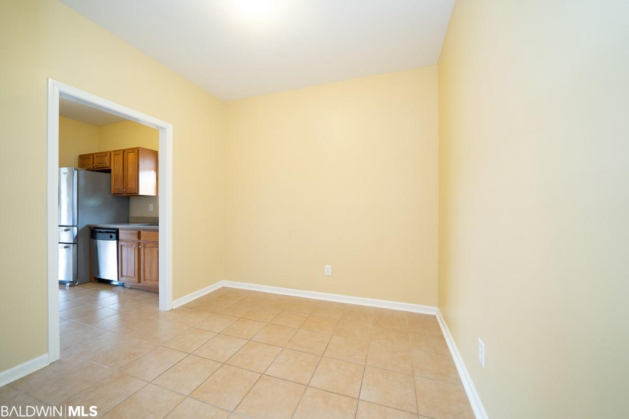 6887 Crimson Ridge Street, Gulf Shores, AL 36542