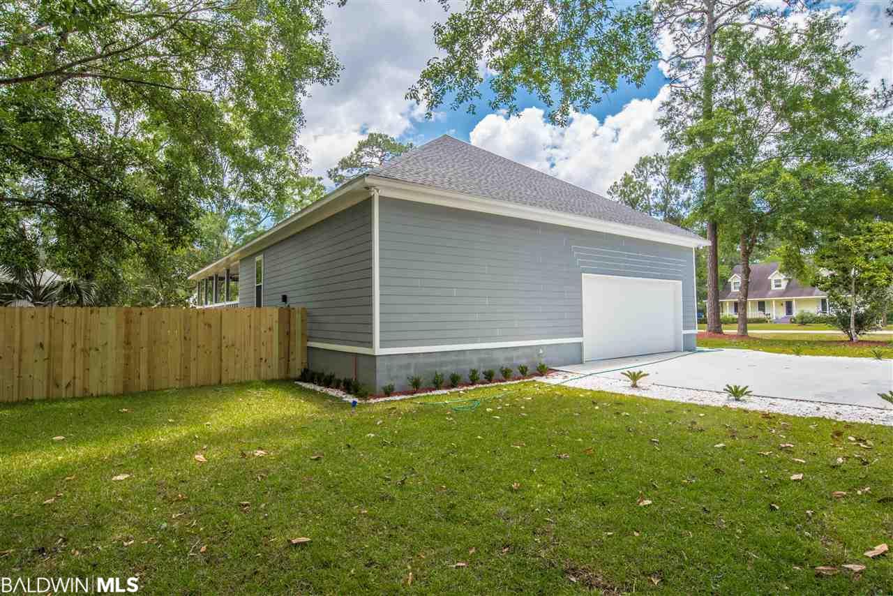 536 Wedgewood Drive, Gulf Shores, AL 36542