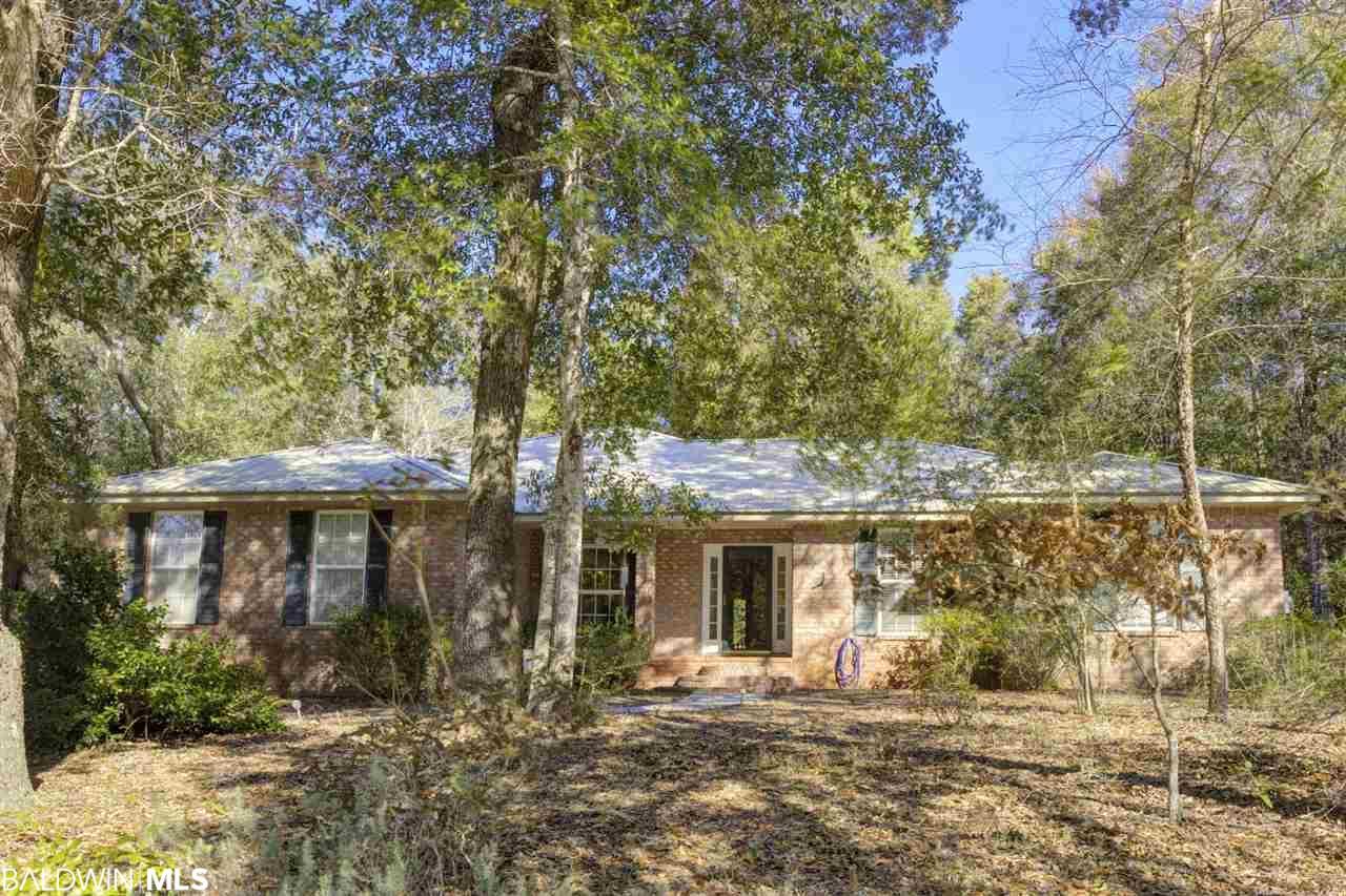 9734 North Bayou Road, Lillian, AL 36549