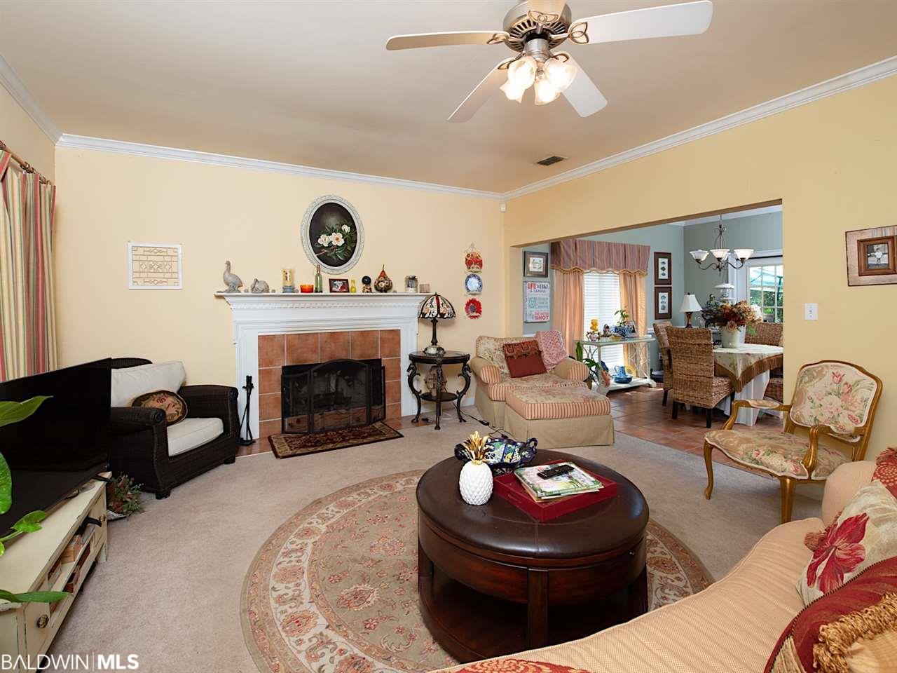 200 Avon Circle, Daphne, AL 36526