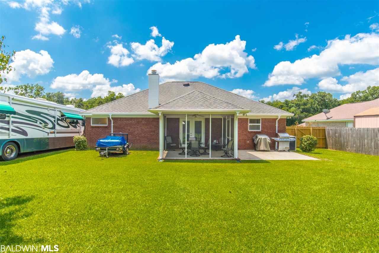 18318 Outlook Dr, Loxley, AL 36551