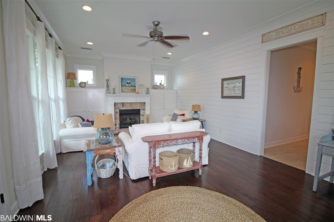 2624 Arcadia Street, Gulf Shores, AL 36542