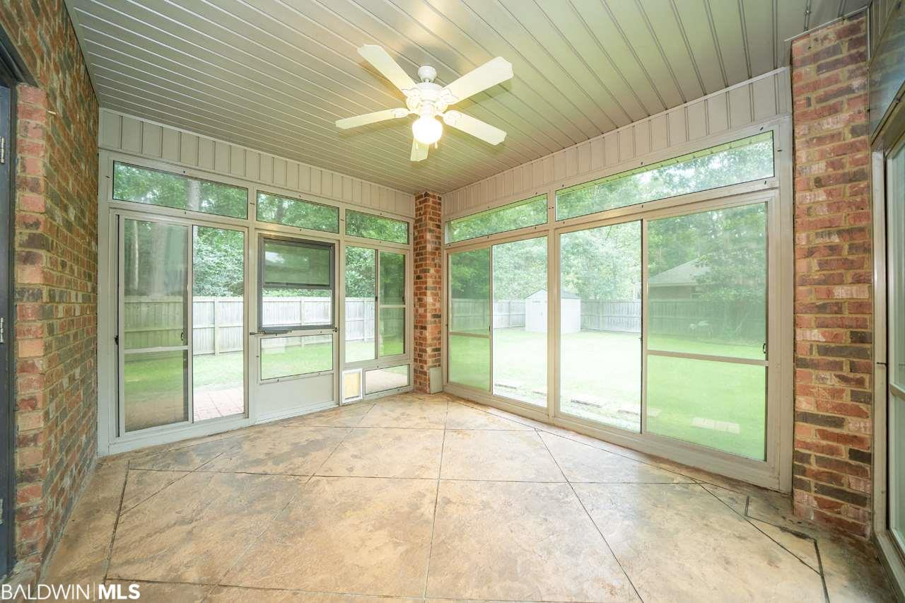 713 Edinburgh Avenue, Foley, AL 36535