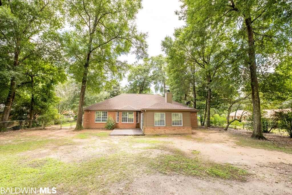 7893 Riverwood Dr, Foley, AL 36535