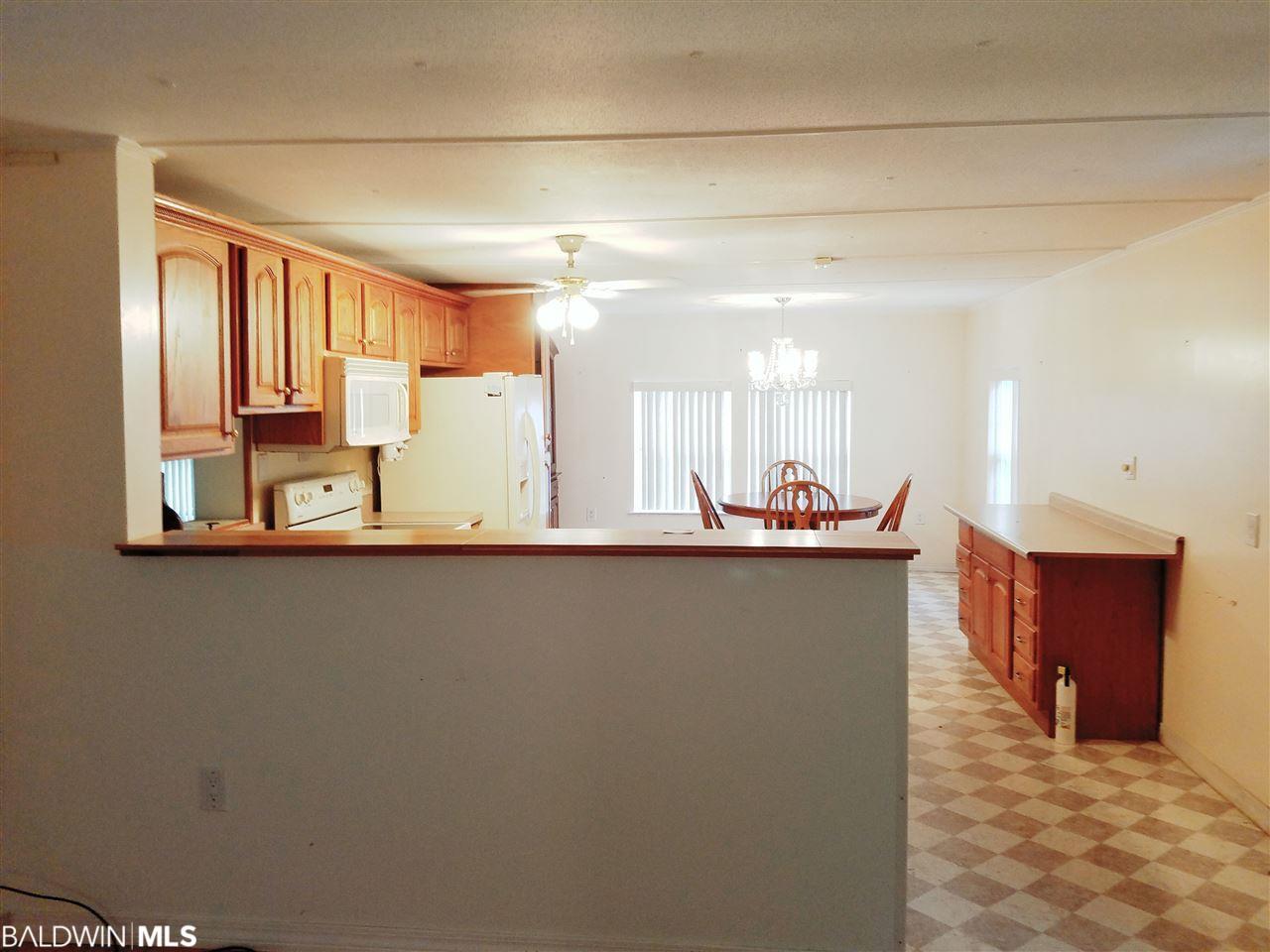 1404 Ridgewood Drive, Lillian, AL 36549