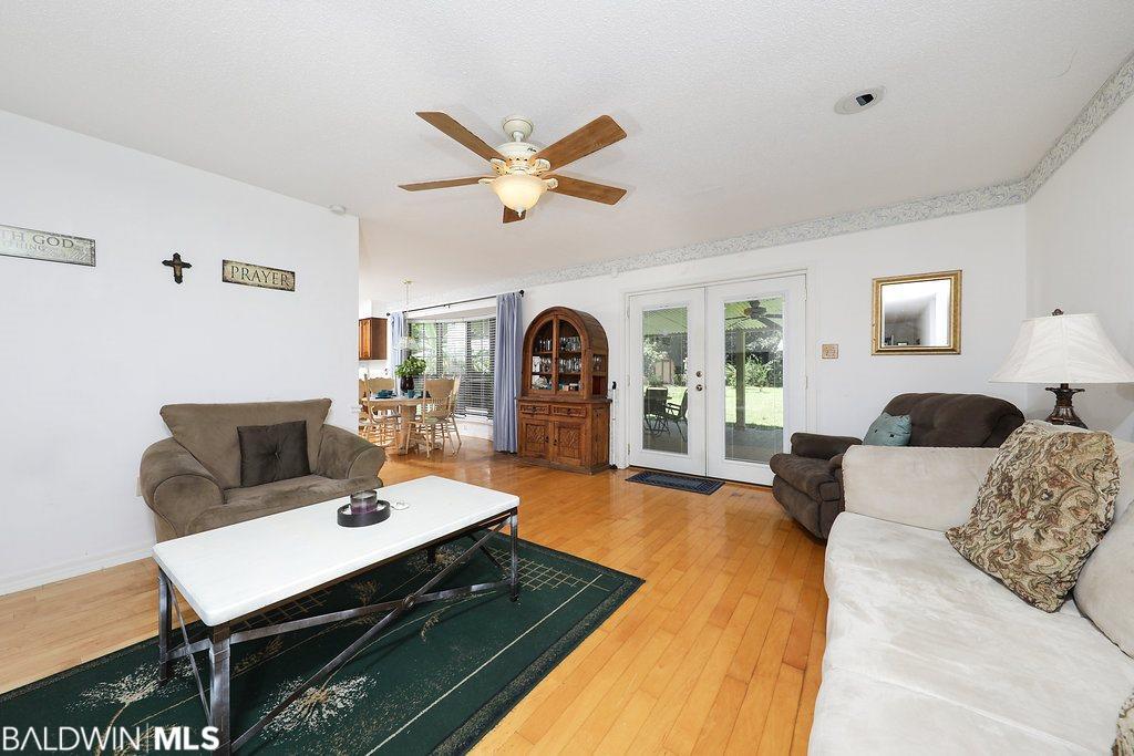 418 W Berry Avenue, Foley, AL 36535