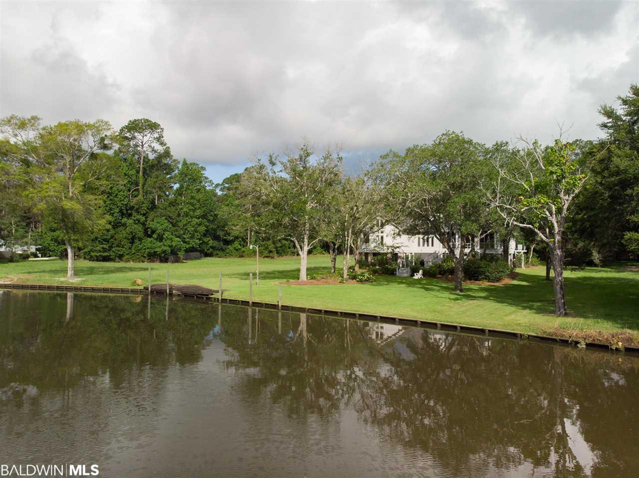 16950 River Drive, Fairhope, AL 36532