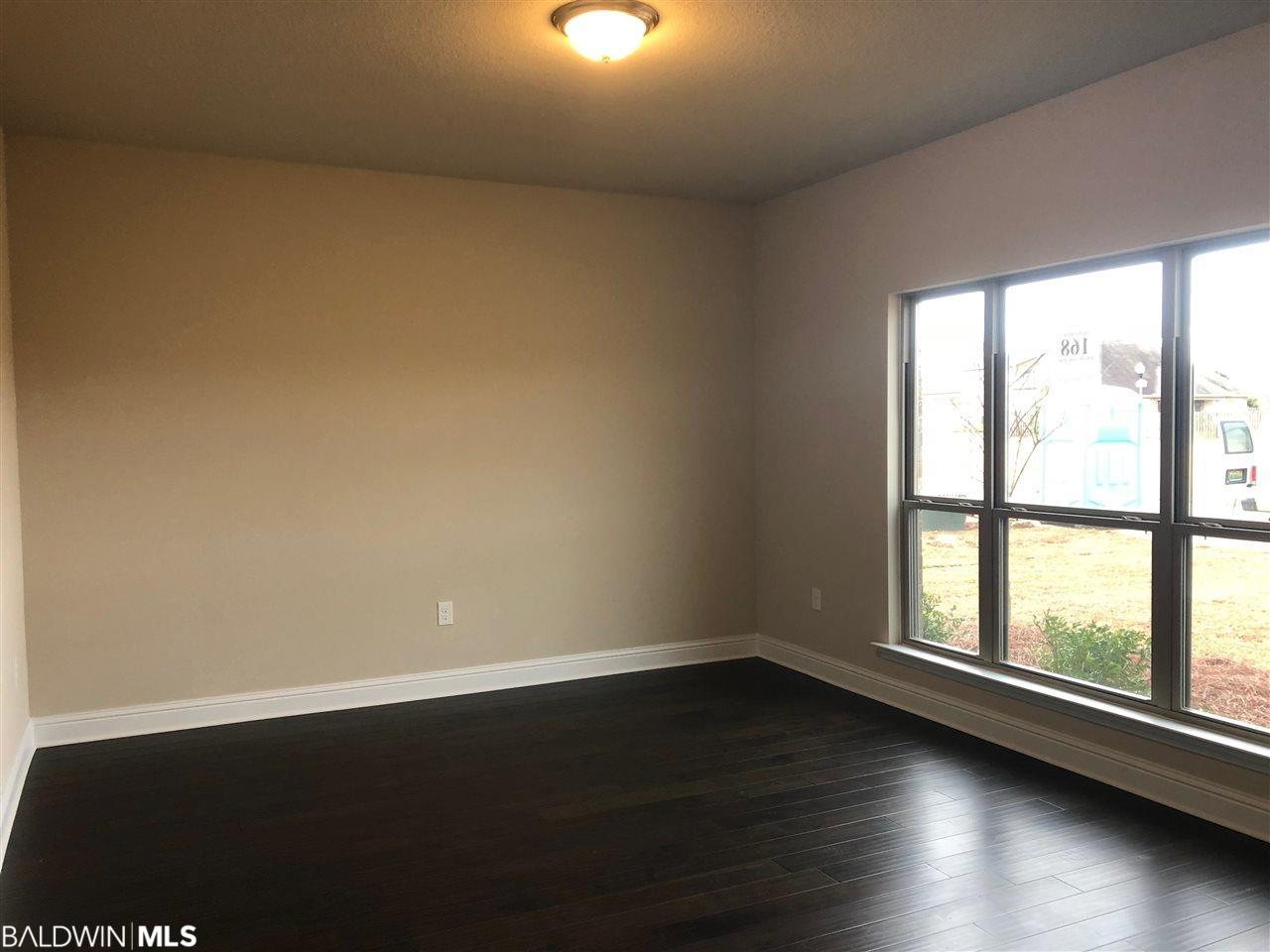 9795 Bellaton Avenue, Daphne, AL 36526