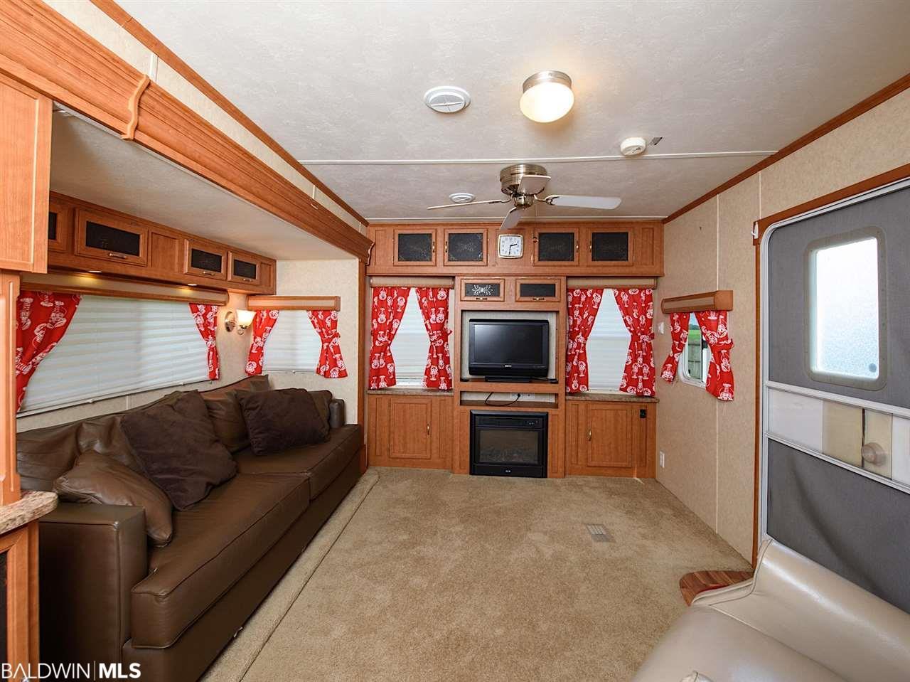 13361 Lipscomb Rd, Foley, AL 36535