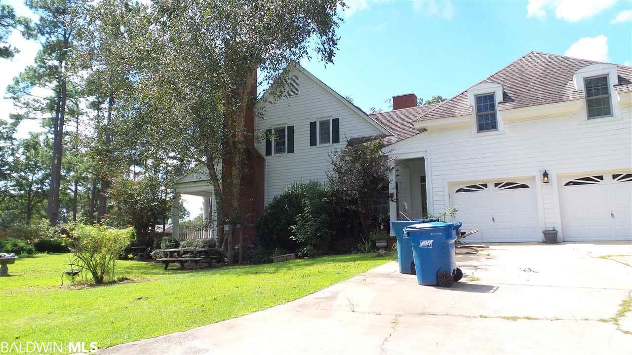 9794 Travis Rd, Brewton, AL 36426