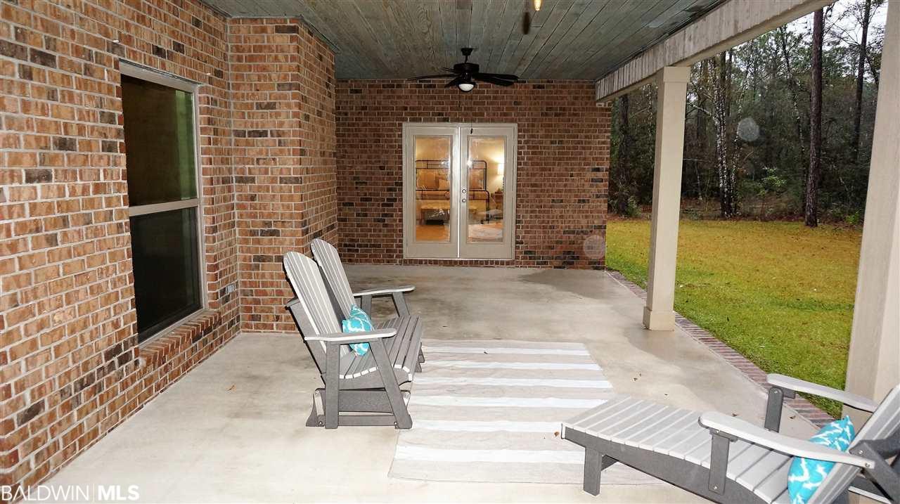 18413 Treasure Oaks Rd, Gulf Shores, AL 36542