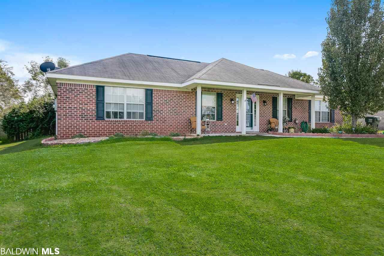 18782 Outlook Dr, Loxley, AL 36551