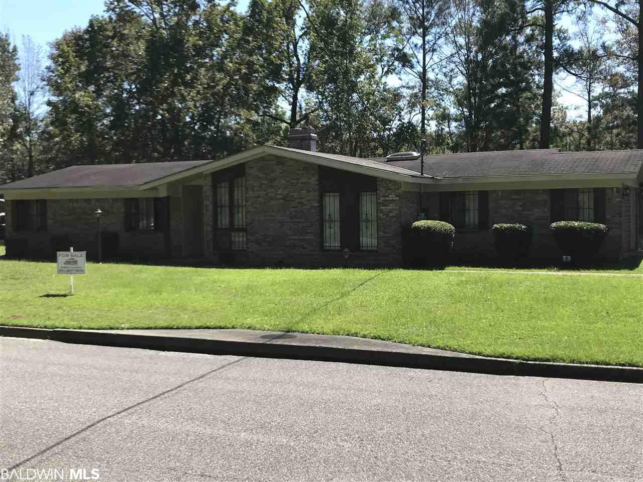 1025 Dunnaway Drive, Mobile, AL 36605