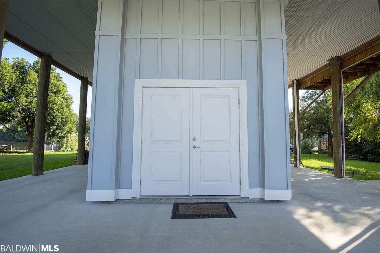 15860 Keeney Drive, Fairhope, AL 36532