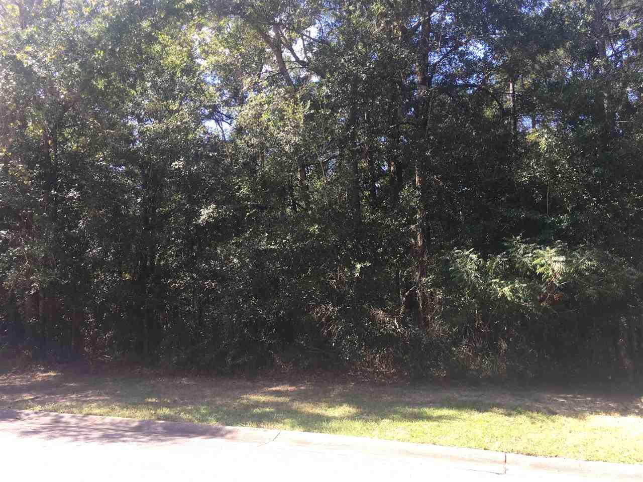 Ideal building lot located in Plantation Pines Subdivision in beautiful Fairhope Alabama. The neighborhood utilities include gas, water, and sewer that are underground with, sidewalks, and street lights. This lot would make a wonderful home site and is in close proximity to all of what Fairhope has to offer. Minimum square footage building area is 2400 sq ft.