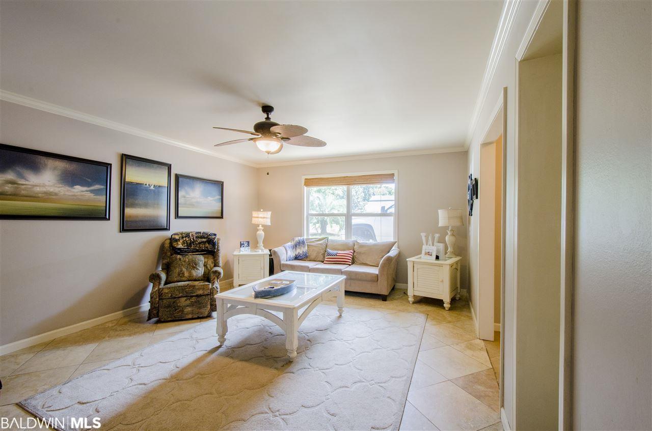 480 W 23rd Avenue, Gulf Shores, AL 36542