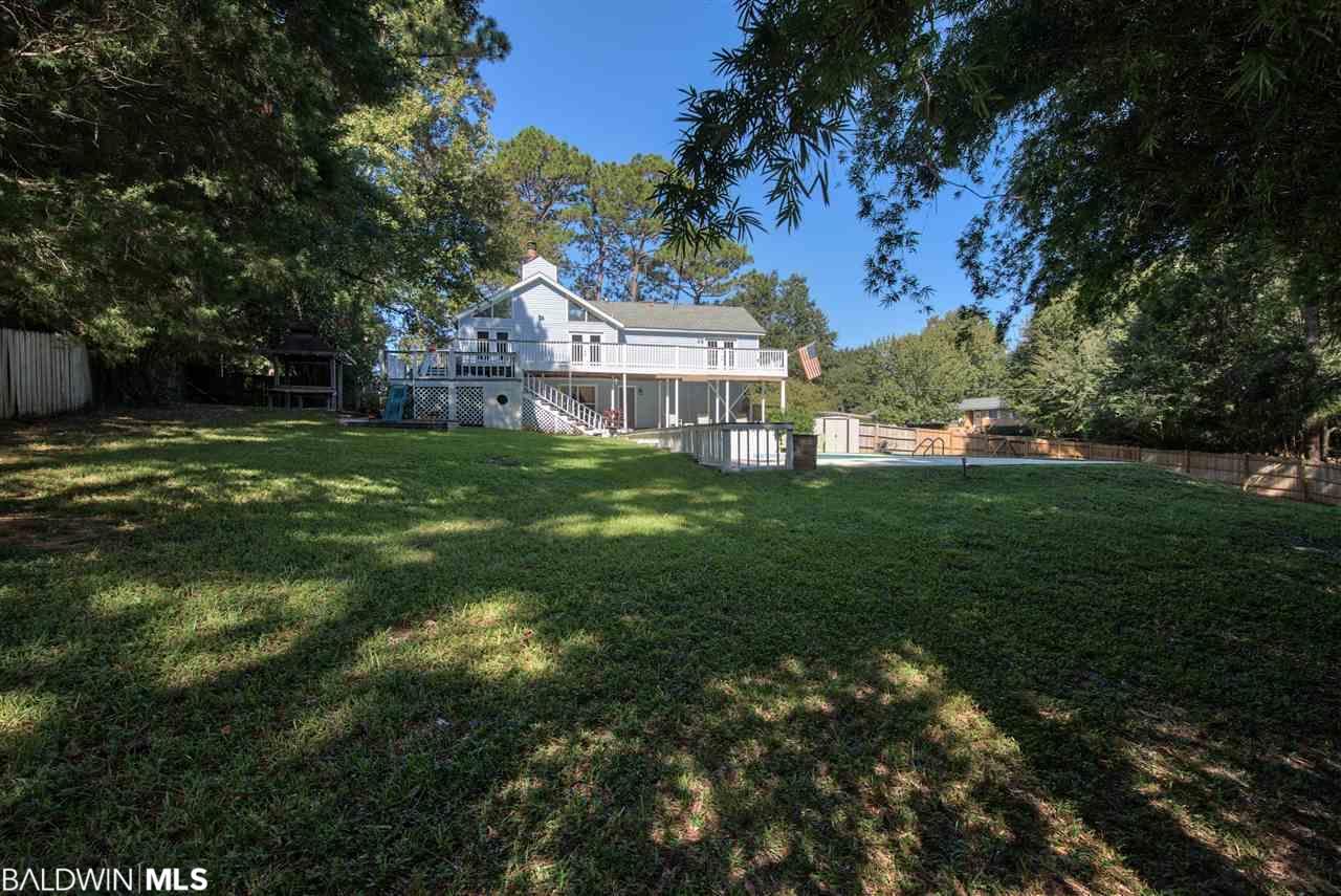 166 Country Club Drive, Daphne, AL 36526