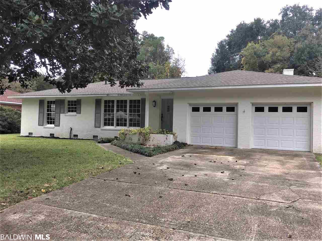 374 Ridgewood Circle, Fairhope, AL 36532