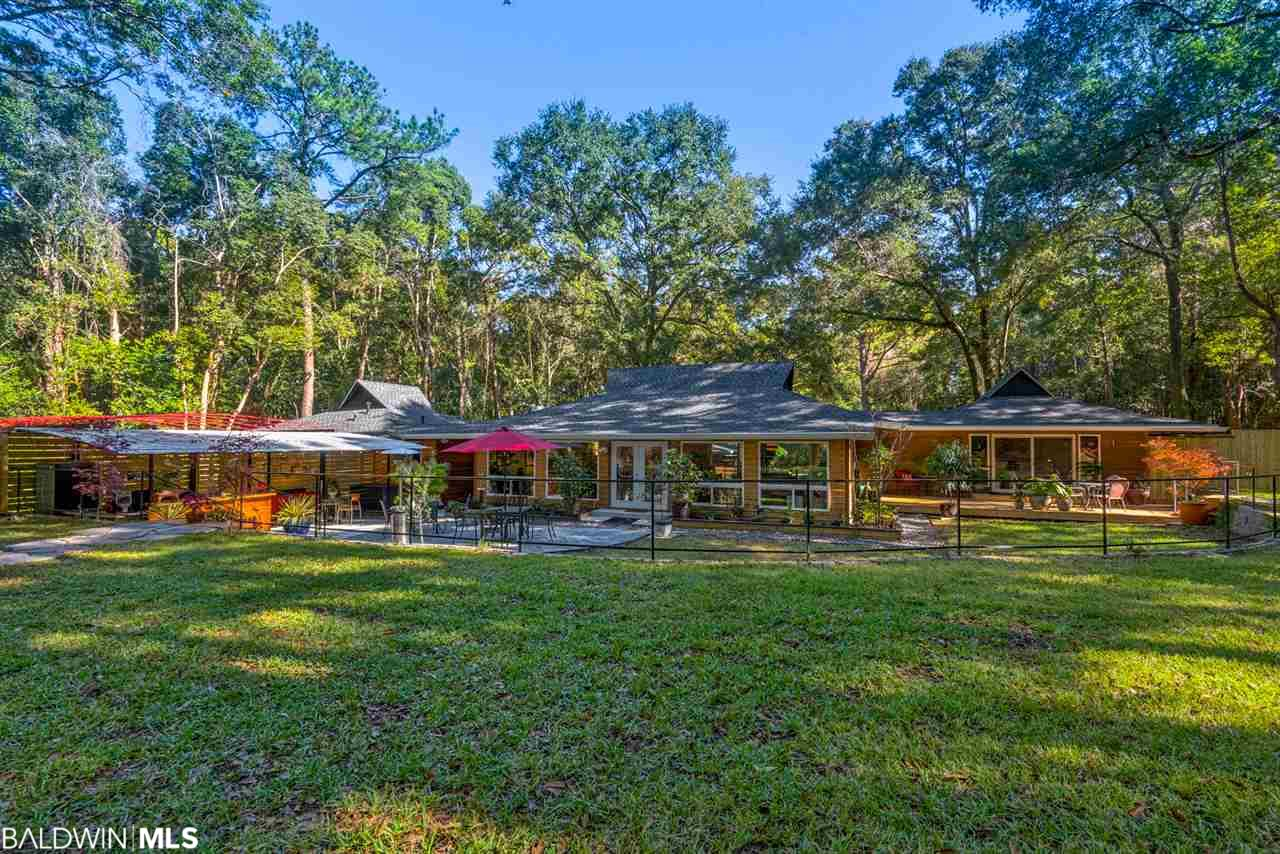 155 Blue Island Avenue, Fairhope, AL 36532