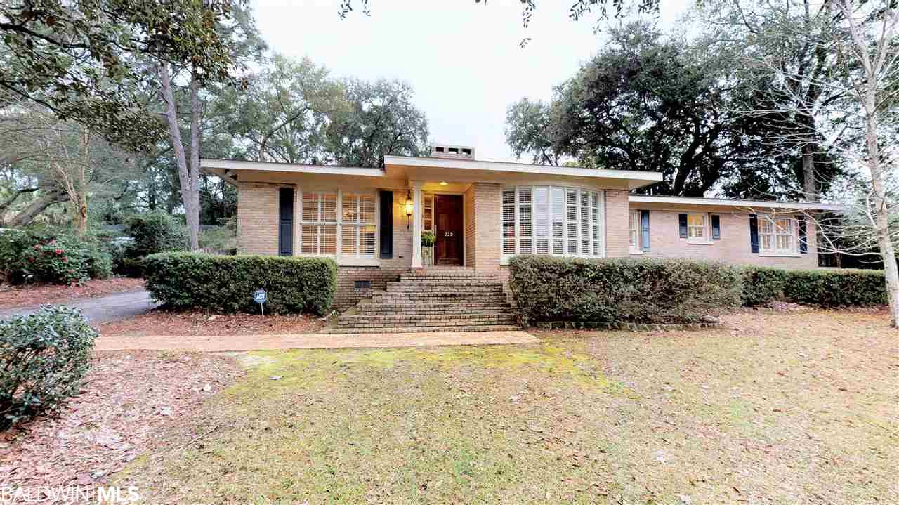 220 Rochester Road, Mobile, AL 36608