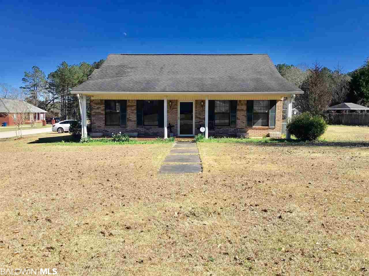 15 Sycamore Drive, Monroeville, AL 36460
