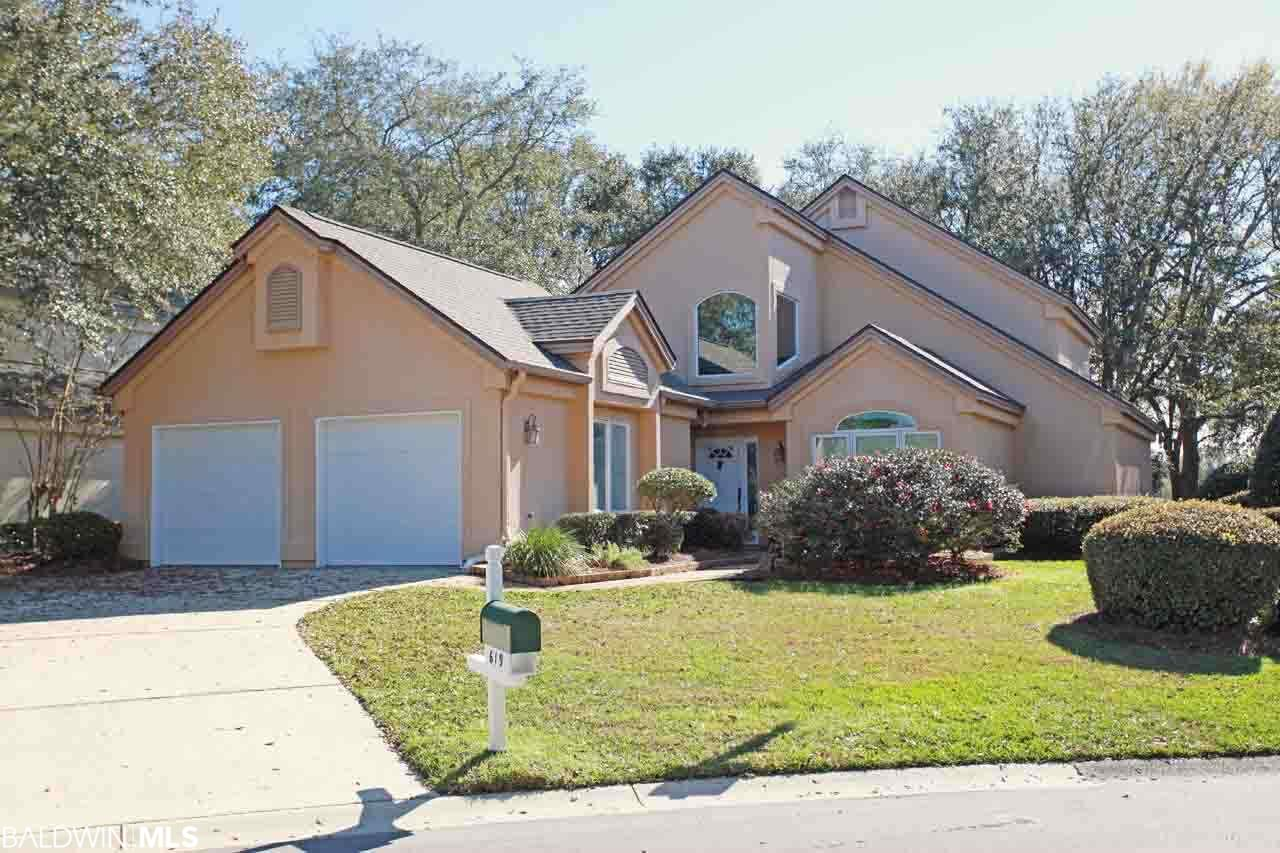 619 St Andrews Dr, Gulf Shores, AL 36542