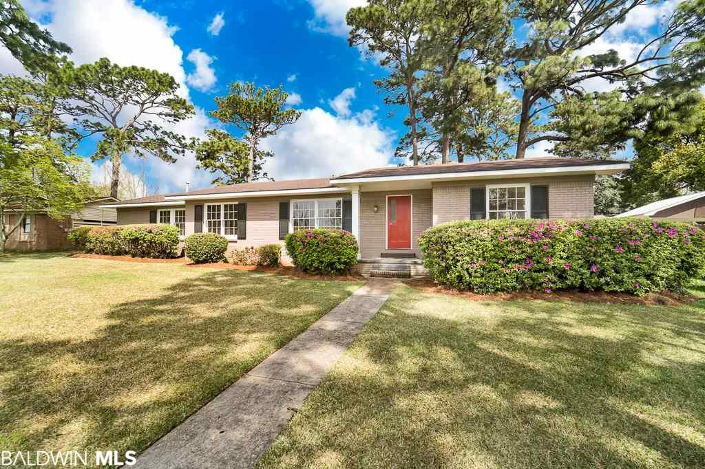 555 Jan Drive, Fairhope, AL 36532