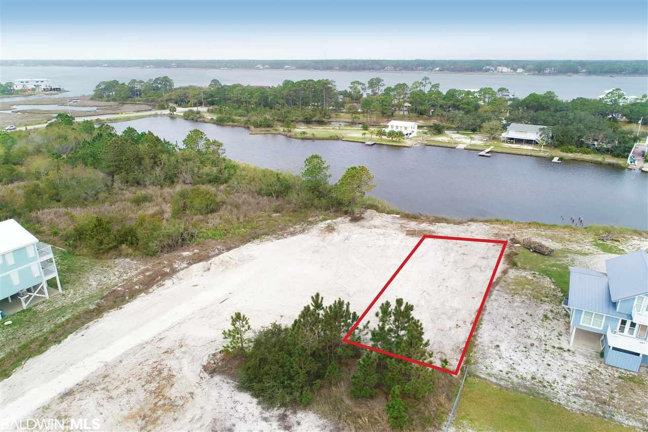 533 W 2nd Avenue, Gulf Shores, AL 36542