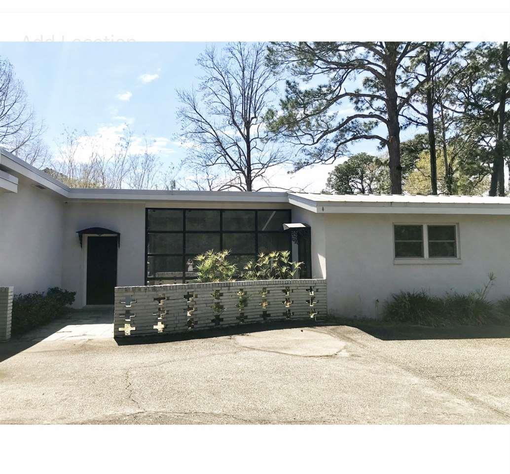 18023 Woodland Drive, Fairhope, AL 36532