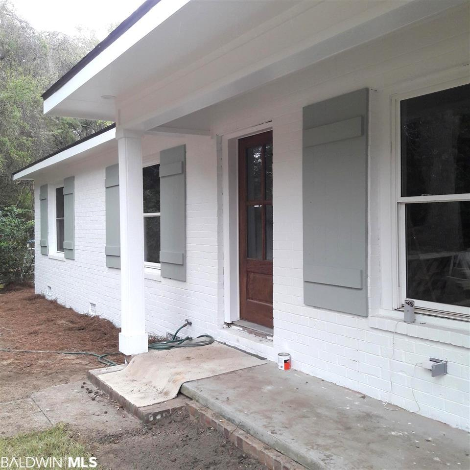 402 Camellia Court, Fairhope, AL 36532