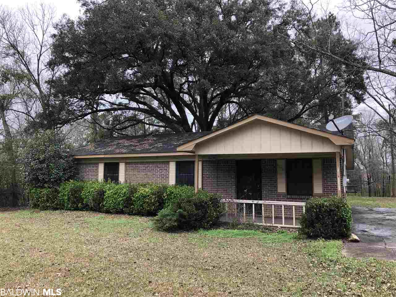 914 W Martin Luther King, Bay Minette, AL 36507