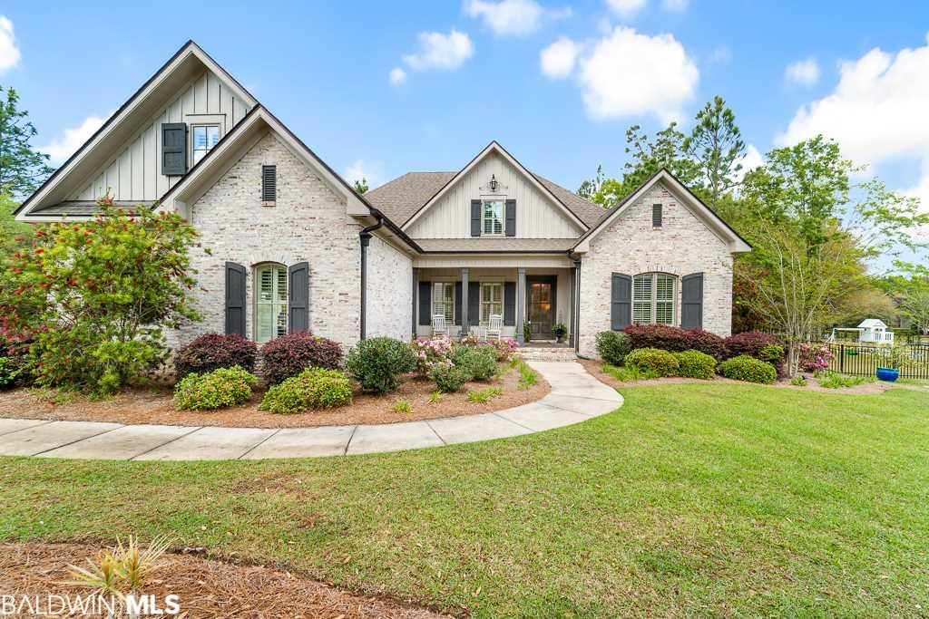 211 Great Lakes Loop, Fairhope, AL 36532