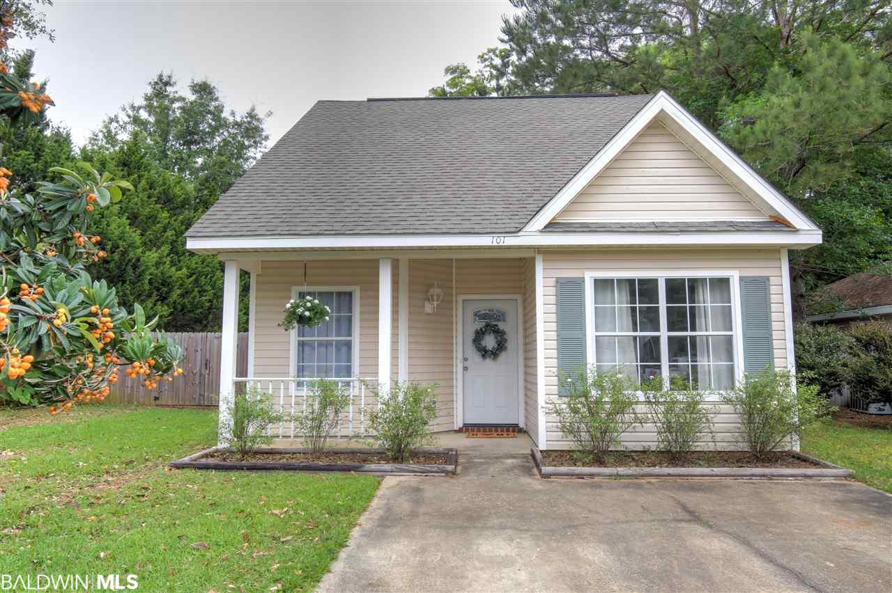 101 Northchase Ct, Fairhope, AL 36532