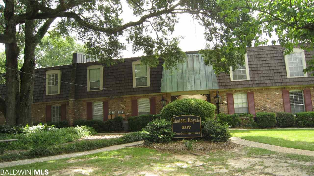 Like new renovated condo located directly across the street from the bay and a block away from the Fairhope Pier. No carpet in this unit!! Beautiful new wood flooring and updated kitchen and bath. Master bedroom has two closets for additional storage. Rare find with new hot water heater and Bosch washer and ventless dryer in the unit. Beautifully landscaped courtyard and fountain in common area. Hurry before this one is gone!! Some furniture conveys.
