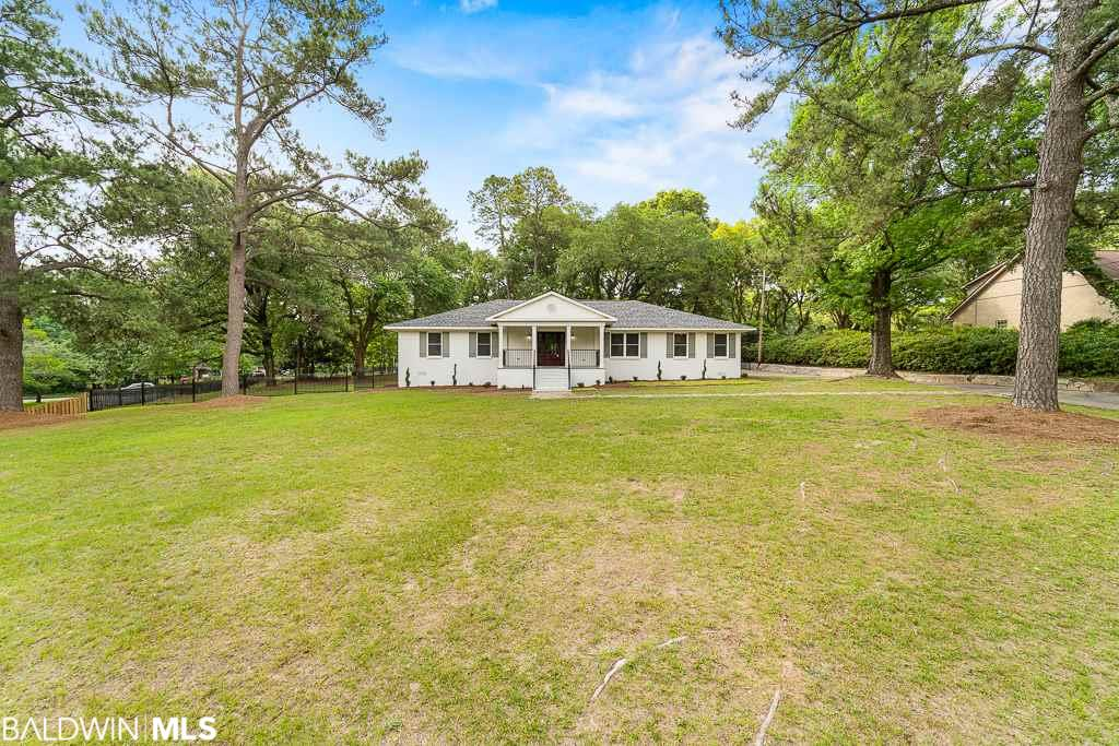 3901 Montclaire Way, Mobile, AL 36609