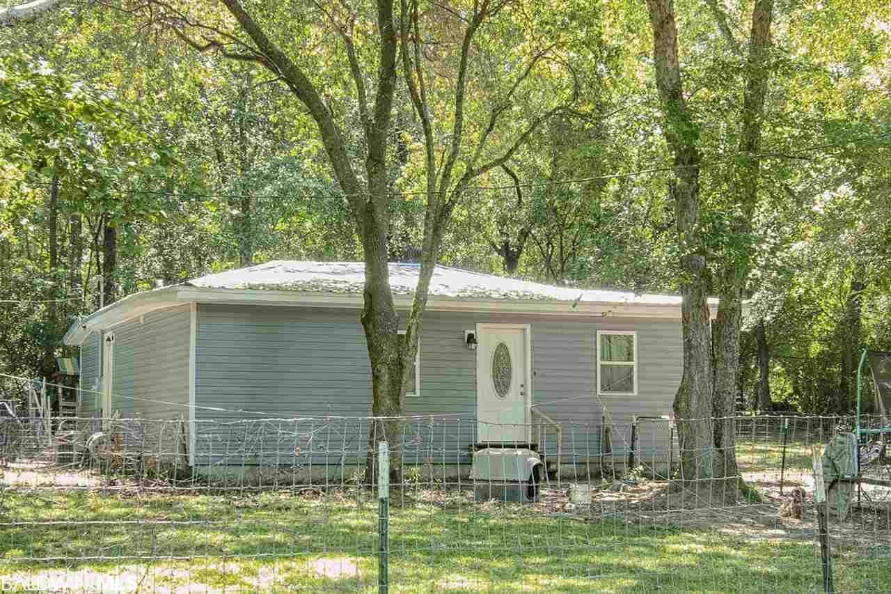 23425 Vaughn Rd, Robertsdale, AL 36567