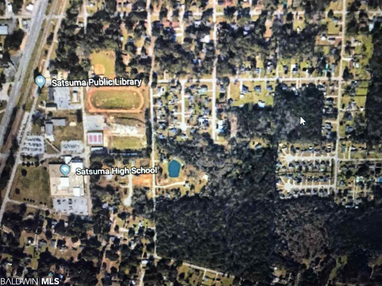 0000 Park St, Satsuma, AL 36572