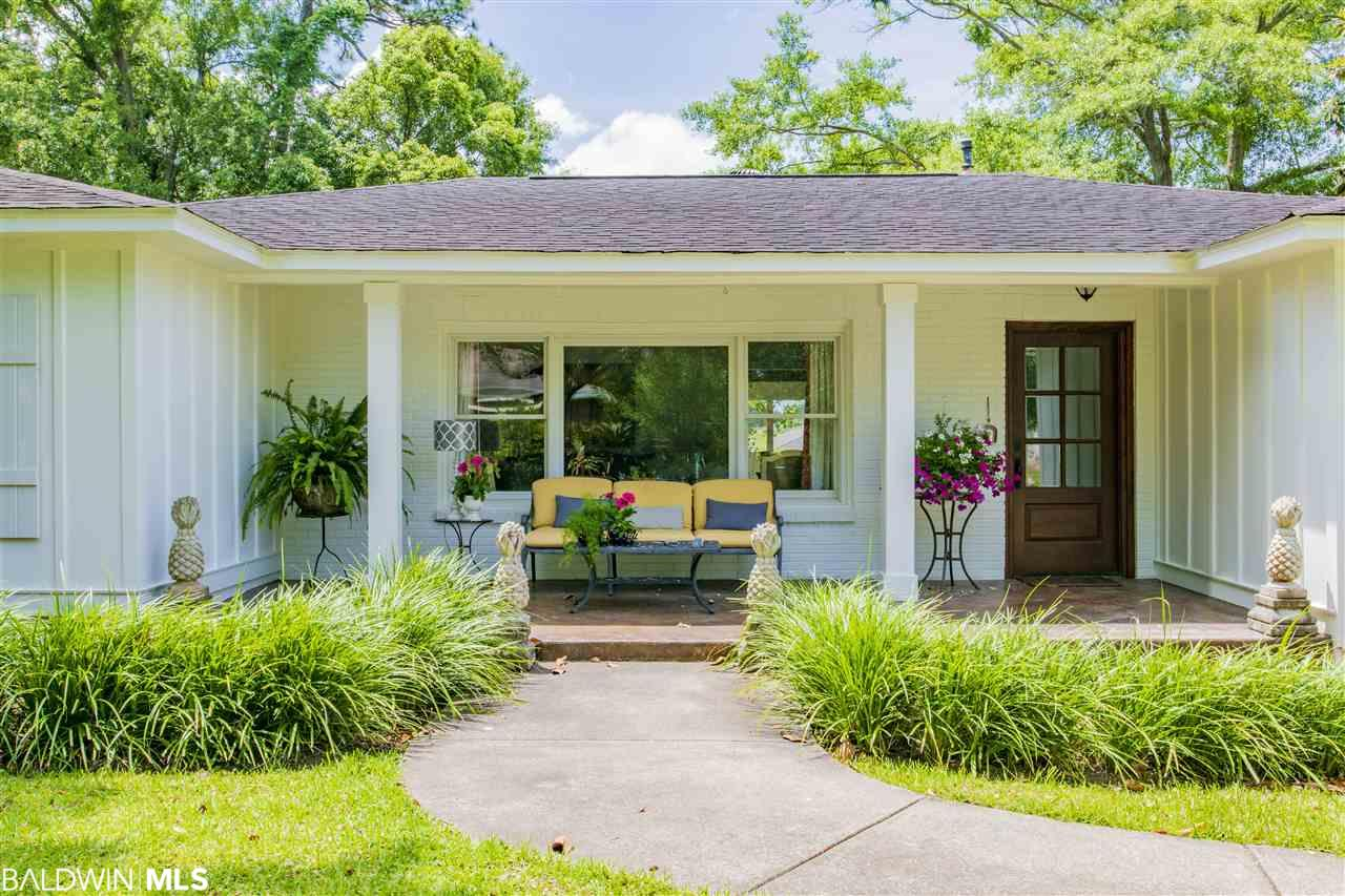 410 Fairwood Blvd, Fairhope, AL 36532