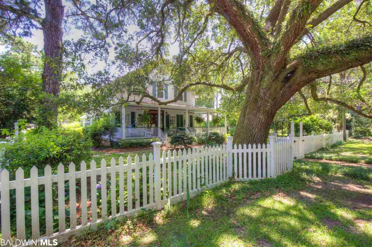 23690 2nd Street, Fairhope, AL 36532