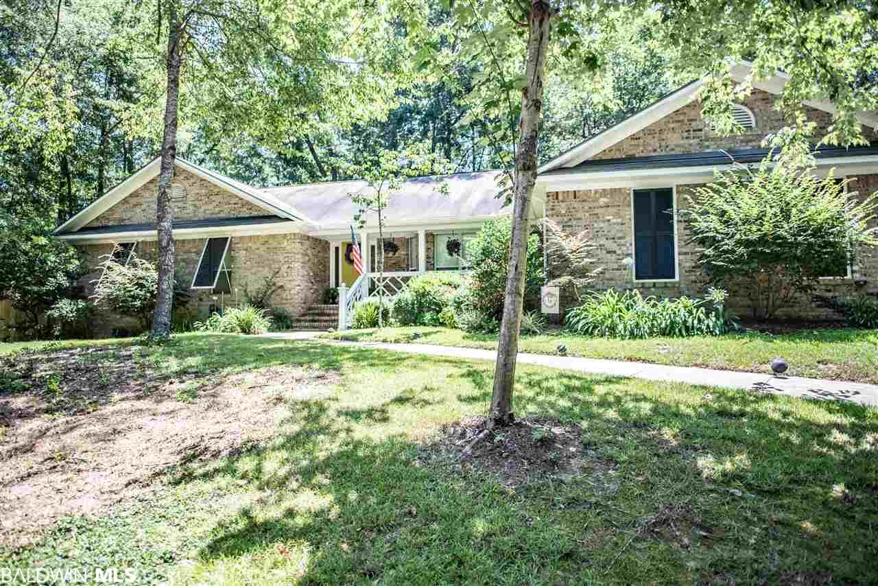 109 Crestview Cir, Daphne, AL 36526