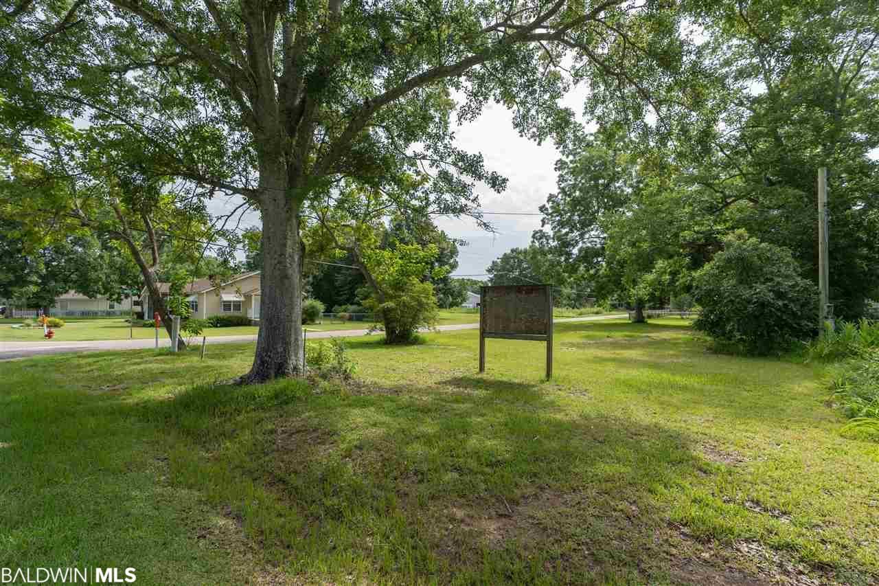 18580 Mimosa Avenue, Robertsdale, AL 36567