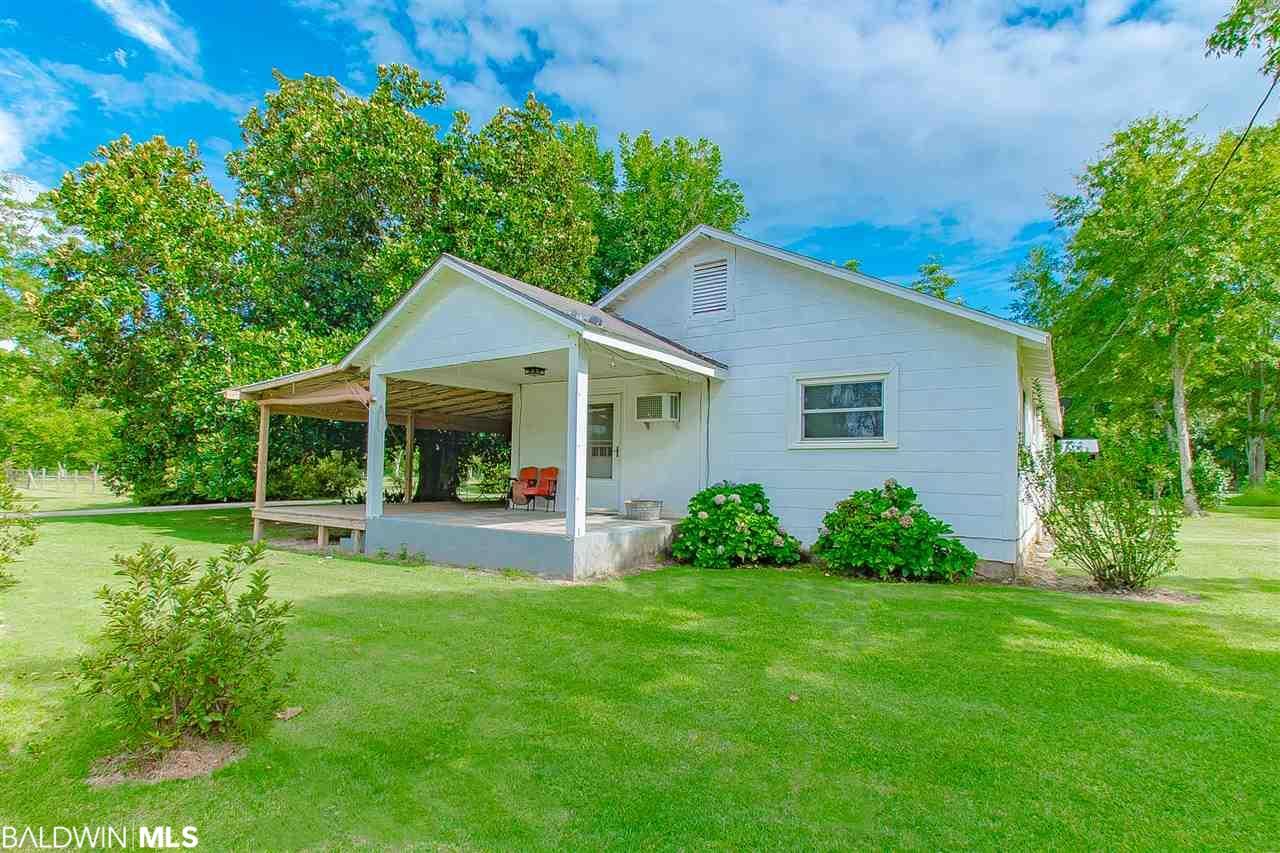 15780 Camellia Road, Silverhill, AL 36576