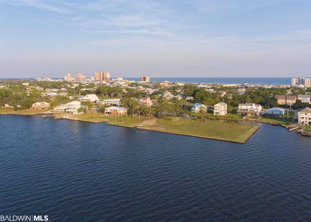 323 Sunrise Dr, Gulf Shores, AL 36542