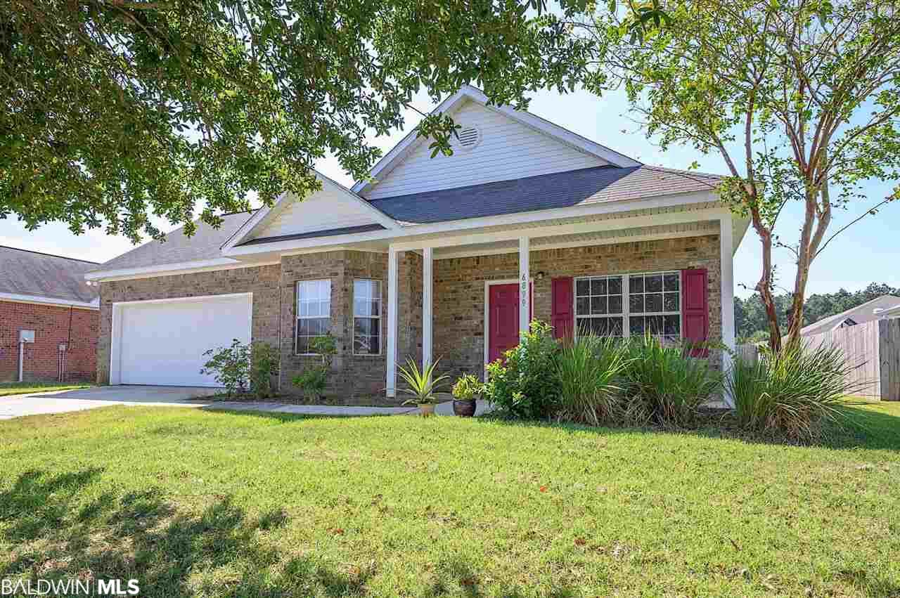 6899 Crimson Ridge Street, Gulf Shores, AL 36542