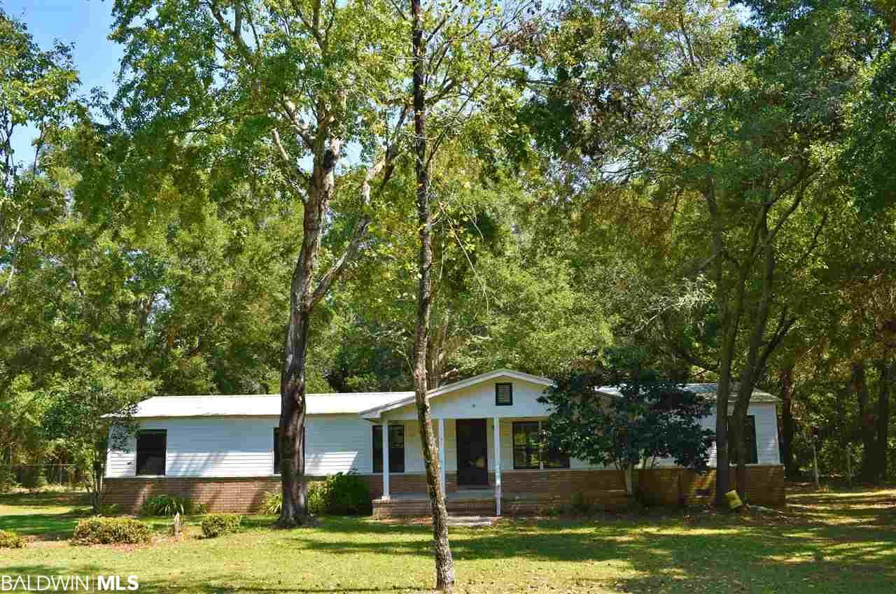19288 Three Rivers Rd, Seminole, AL 36574