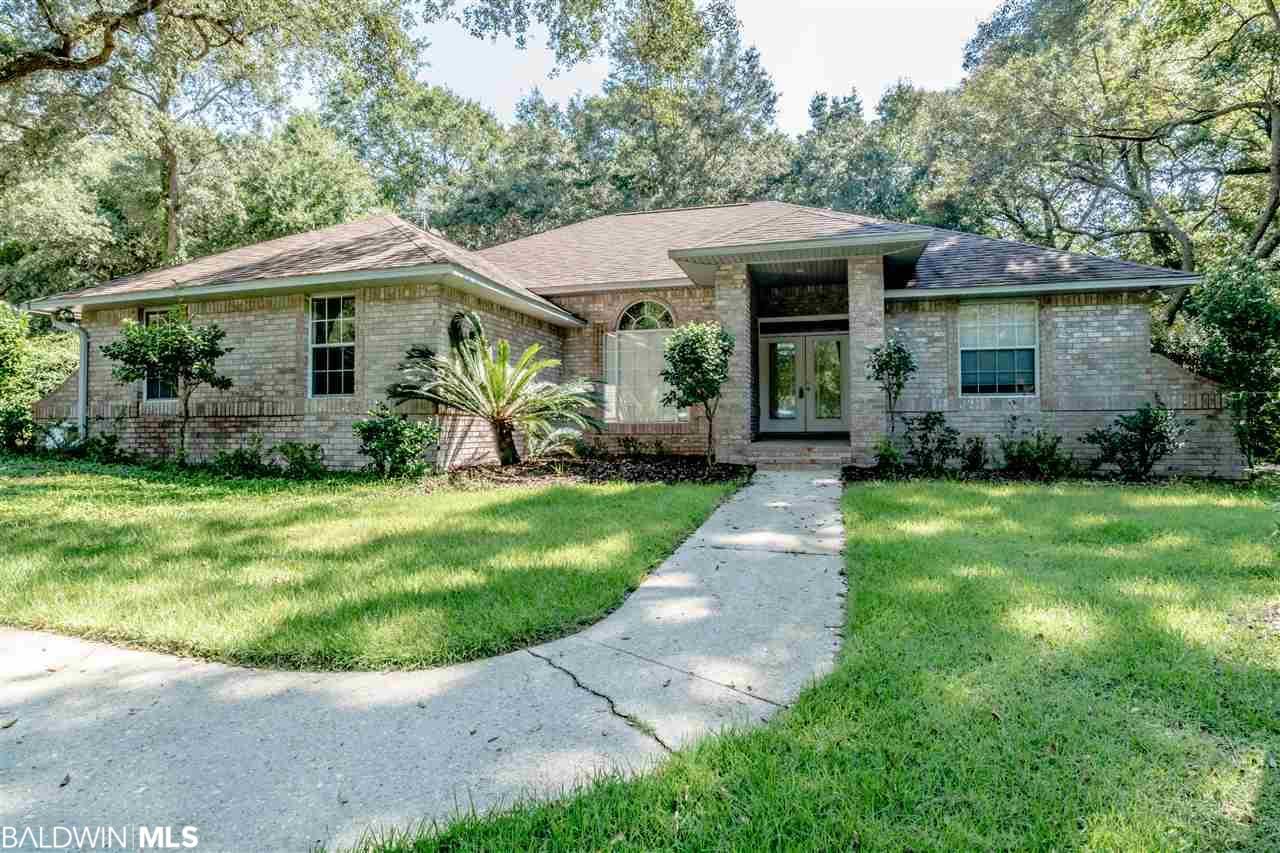 2132 Club House Drive, Lillian, AL 36549