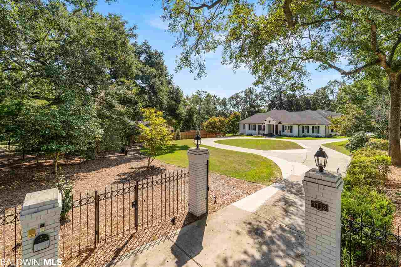 3713 Old Shell Road, Mobile, AL 36608