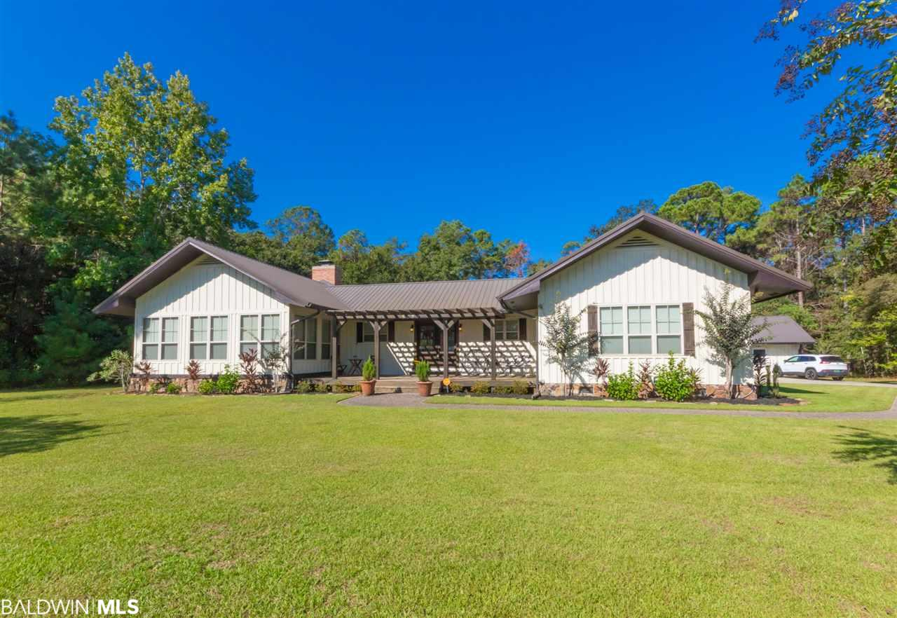 5629 Mill House Rd, Gulf Shores, AL 36542