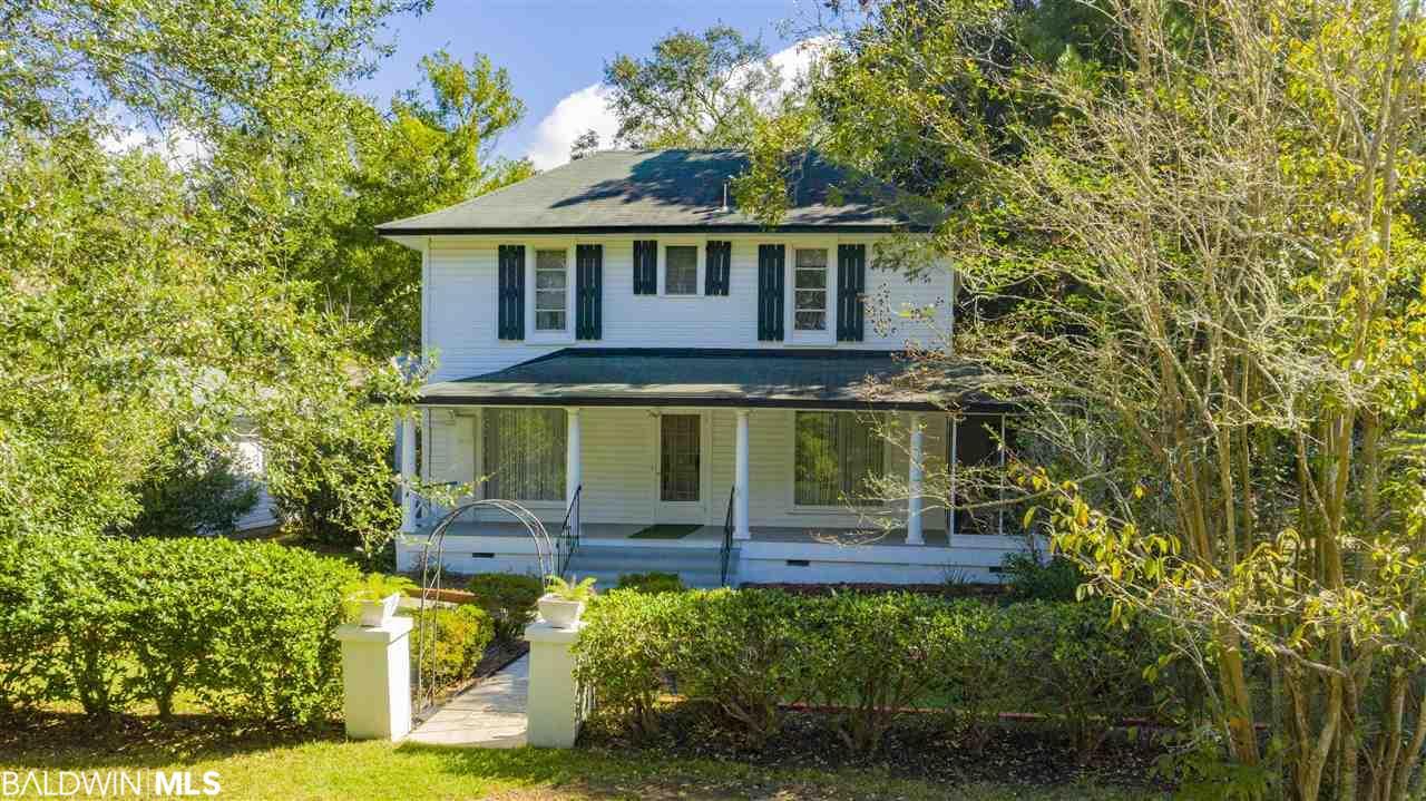 101 Fairhope Avenue, Fairhope, AL 36532